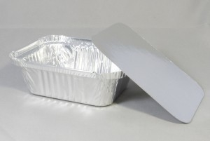 Rechthoekige aluminium wegwerp bakje met deksel 20,5x14,5x6,5 cm