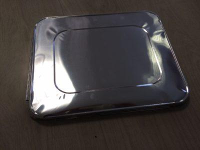 Deksel voor rechthoekige aluminium wegwerp ovenschaal set á 10 stuks ½ gastro Afmeting: 33×26,5cm.
